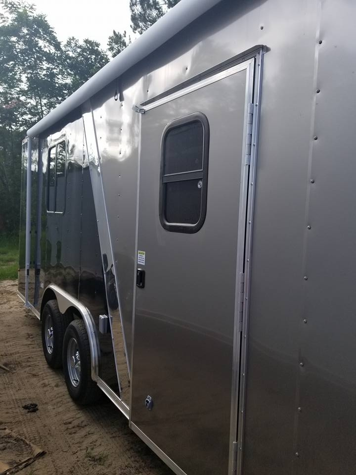 enclosed trailer with living quarters